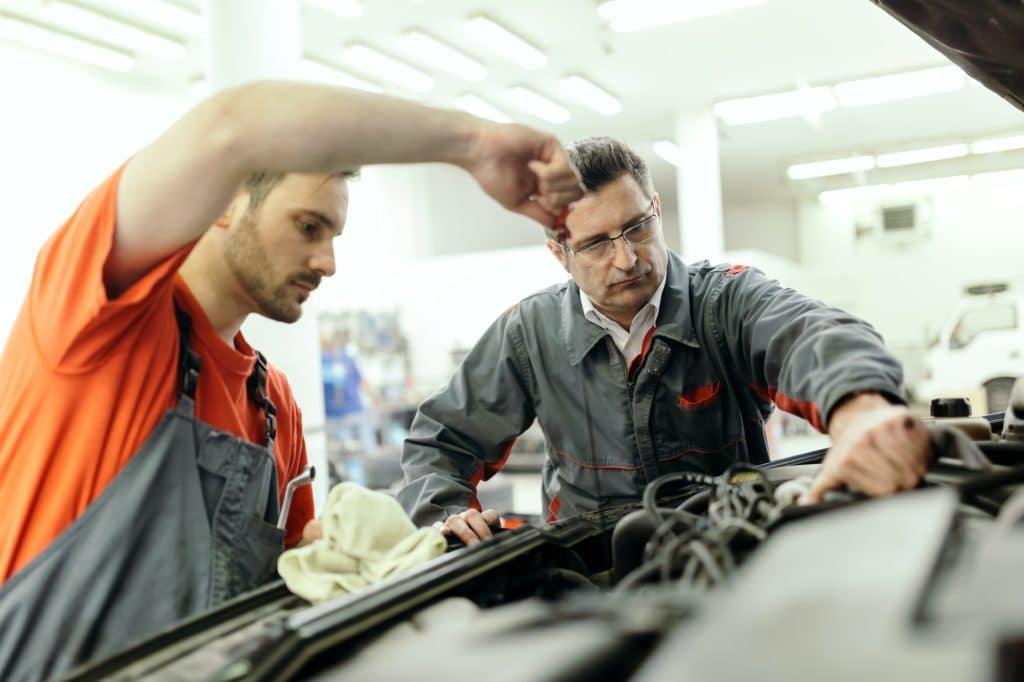 Le prix des réparateurs auto influent sur l'augmentation de l'assurance auto.